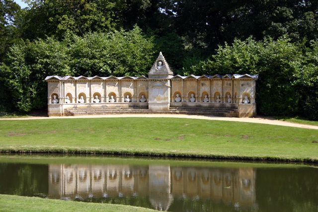 William Kent, Stowe, The Temple of British Worthies, 1735