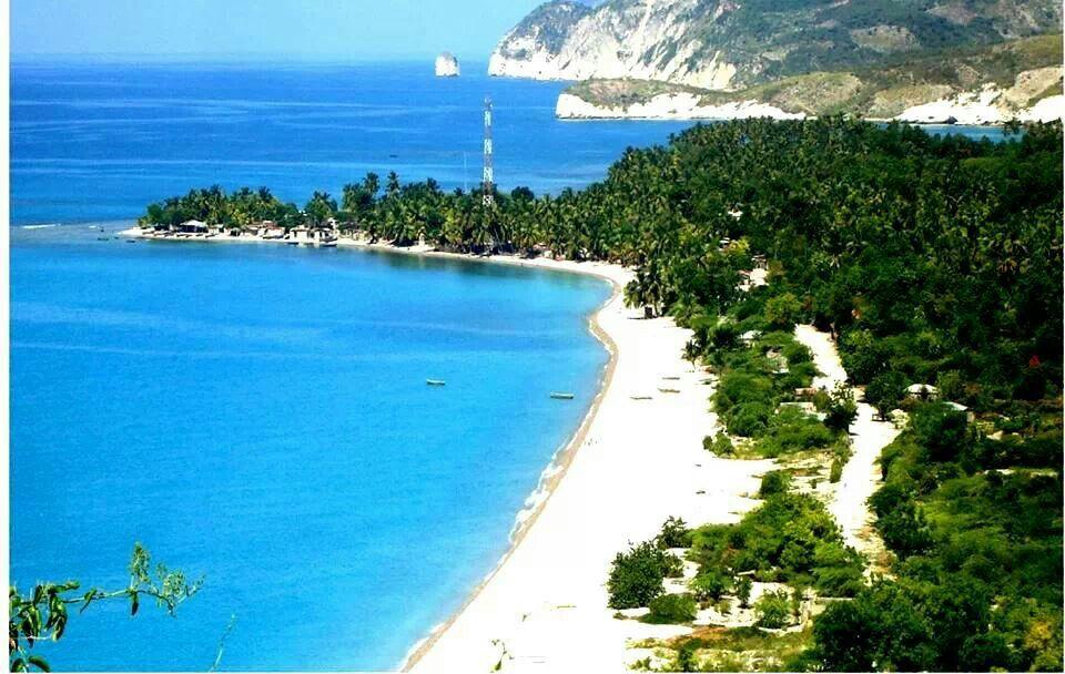 Woman Sings Jacmel Haiti Lovely 13