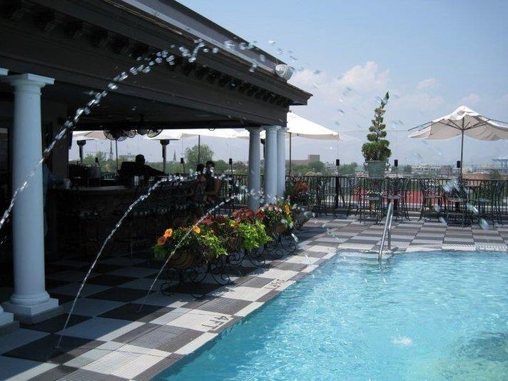 Charleston Sc Market Pavilion Rooftop Bar Charleston Hotels Coastal South Carolina
