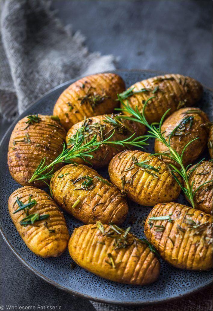 Rosemary + Garlic Mini Hasselback Potatoes - Wholesome Patisserie #vegetarian #dinner #ideas