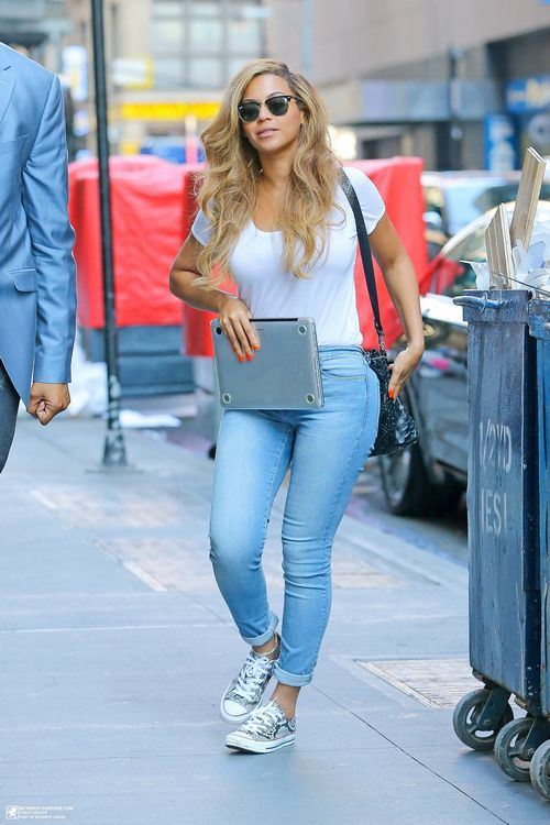 Beyonce Knowles July 2015 Nyc Jeans Gal Collection Pinterest Beyonce Knowles Collection