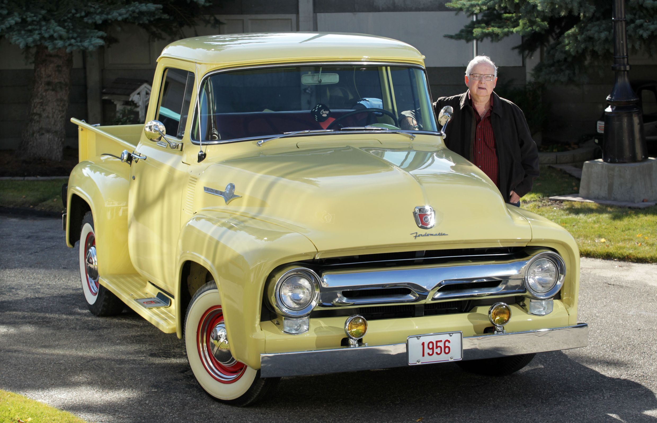 Finding rare 1956 Ford truck a 'miracle' for collector