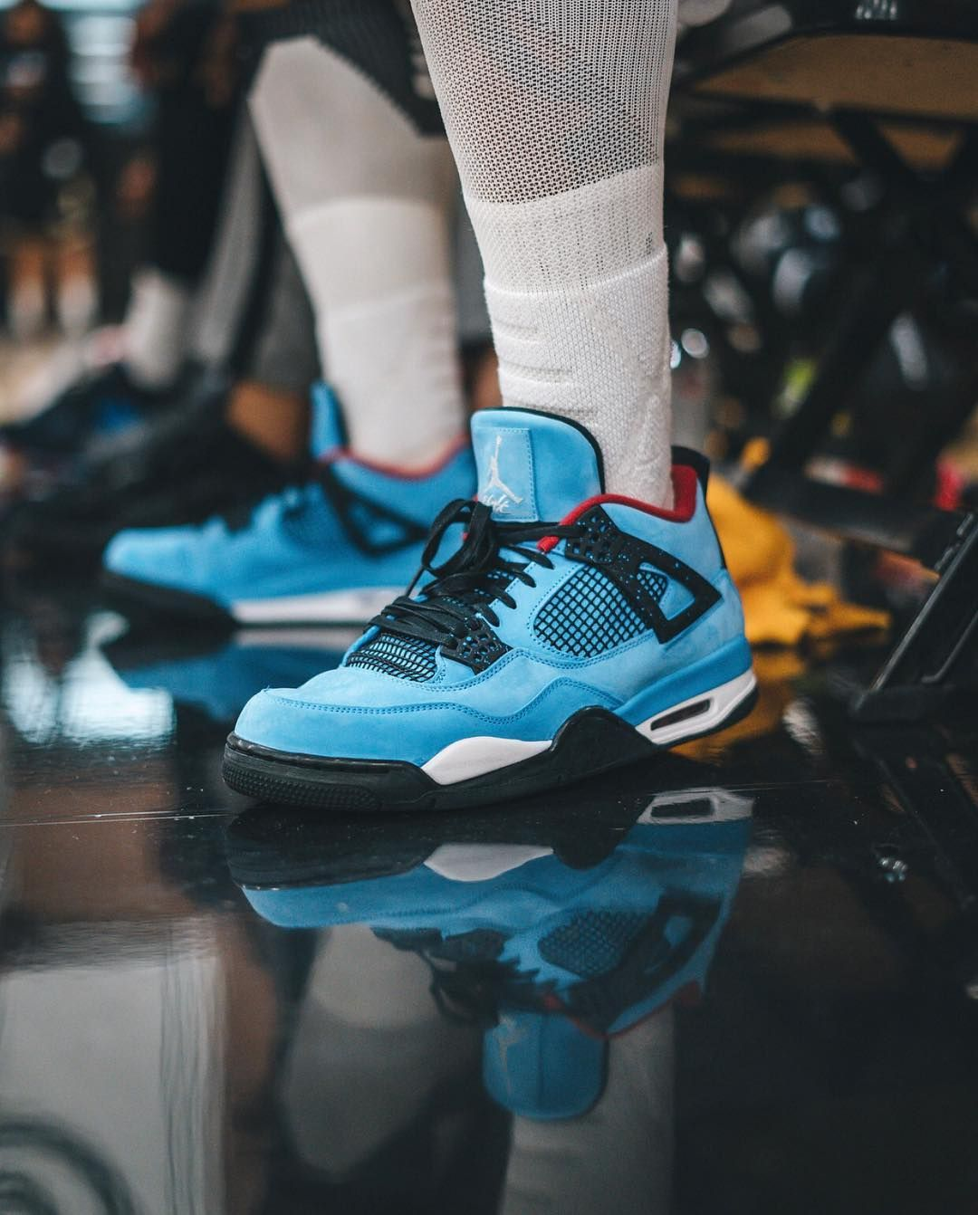 1ff1ff0cb107b Travis Scott x Air Jordan 4 Cactus Jack Houston Oilers 308497-406 ...