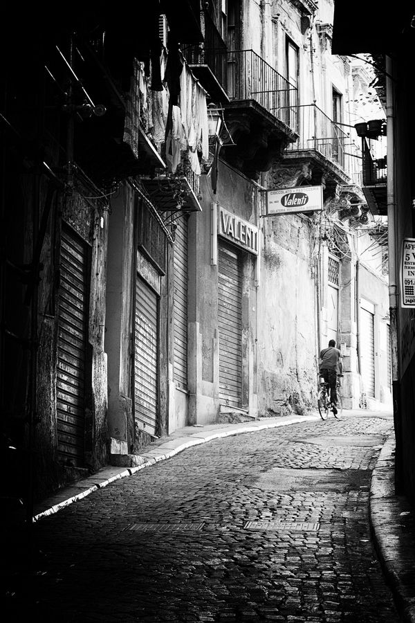 "500px / Photo ""palermONblack #2"" by Peppe Trotta #blackwhite http://pinterest.com/sucailiu/"