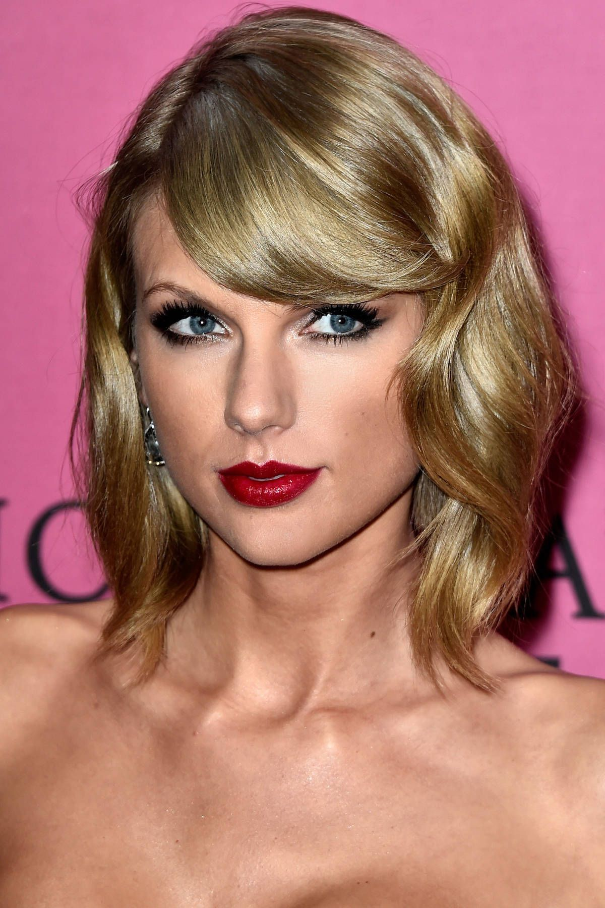 Taylor Swift's Amazing Beauty Transformation Through the ...