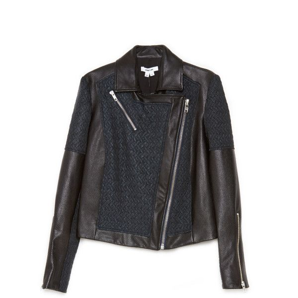 Crop Biker Jacket (16.930 UYU) ❤ liked on Polyvore featuring outerwear, jackets, thedreslyn, fleece-lined jackets, zipper leather jacket, cropped biker jacket, real leather jackets and lined leather jacket