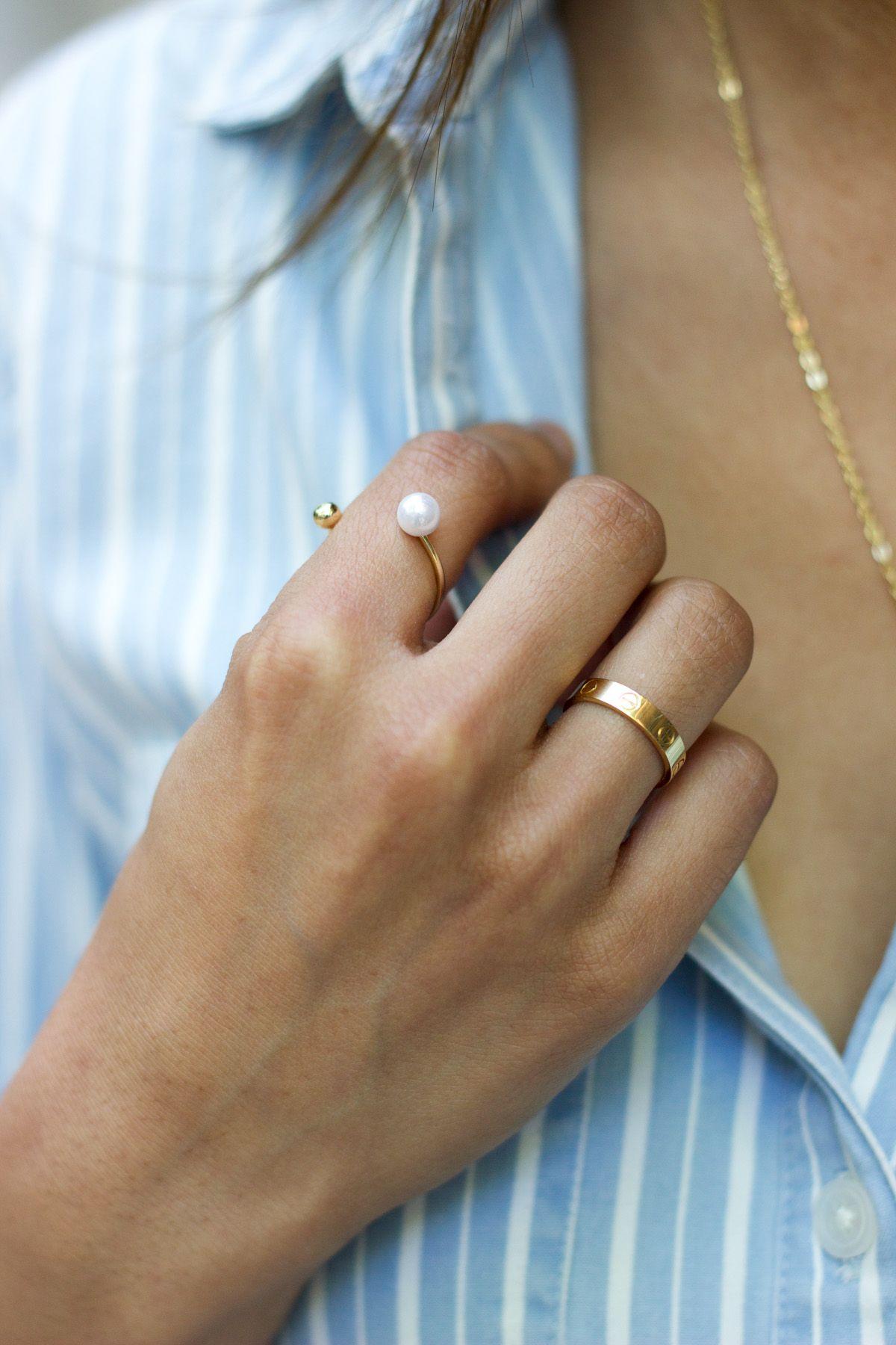 The Everygirl X Kjw Cartier Love Ring Gold Diamond