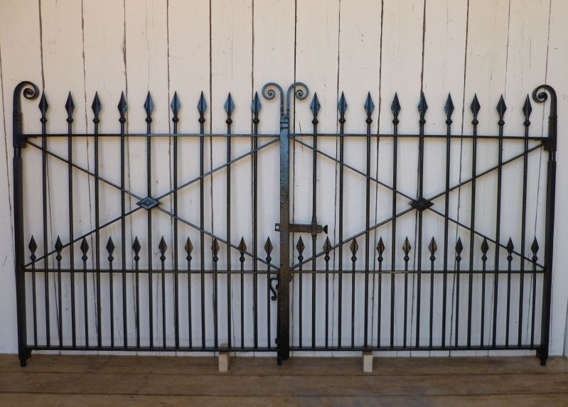 Pair Of Antique Reclaimed Wrought Iron Gates 289 Cm With Images