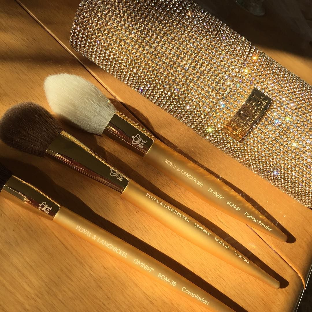 OMNIA™ Gold Vanity Glam Brush Contrainer PURE LUXURY (With