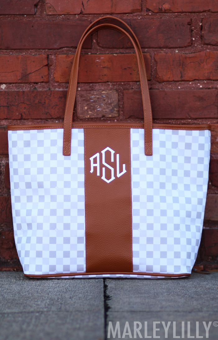 Need A New Monogramed Tote Bag Now At Marleylilly