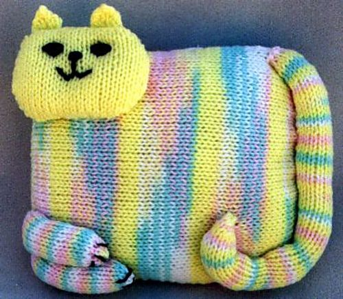 Ravelry: Country Cat Doorstop pattern by Frugal Knitting Haus