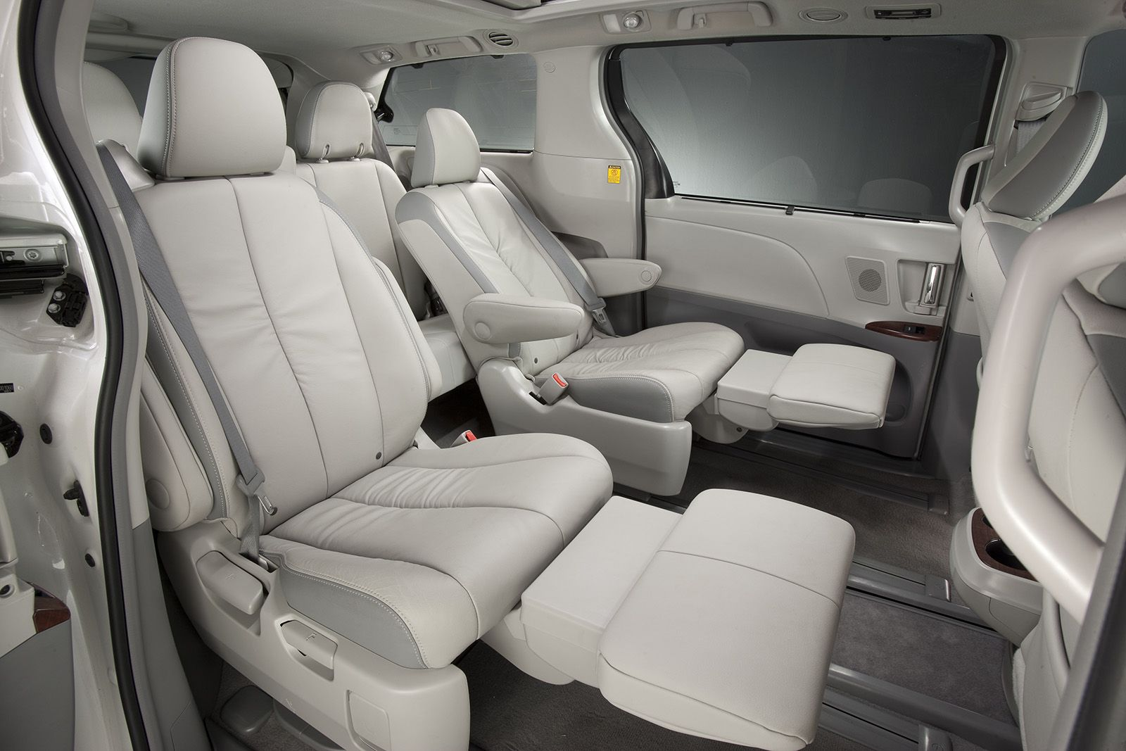Sienna Midrow Seating I Want A Front Passenger Seat With A