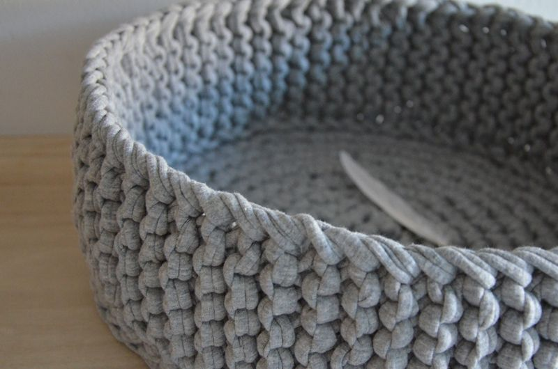 geh kelter korb organizer crocheted basket by metamari via crafts h keln. Black Bedroom Furniture Sets. Home Design Ideas