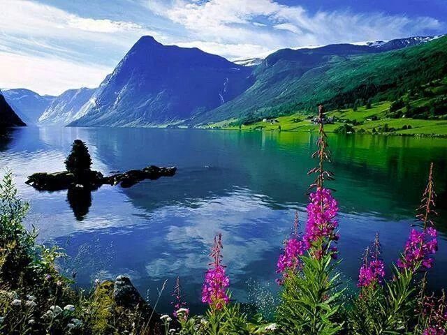 Love mountains