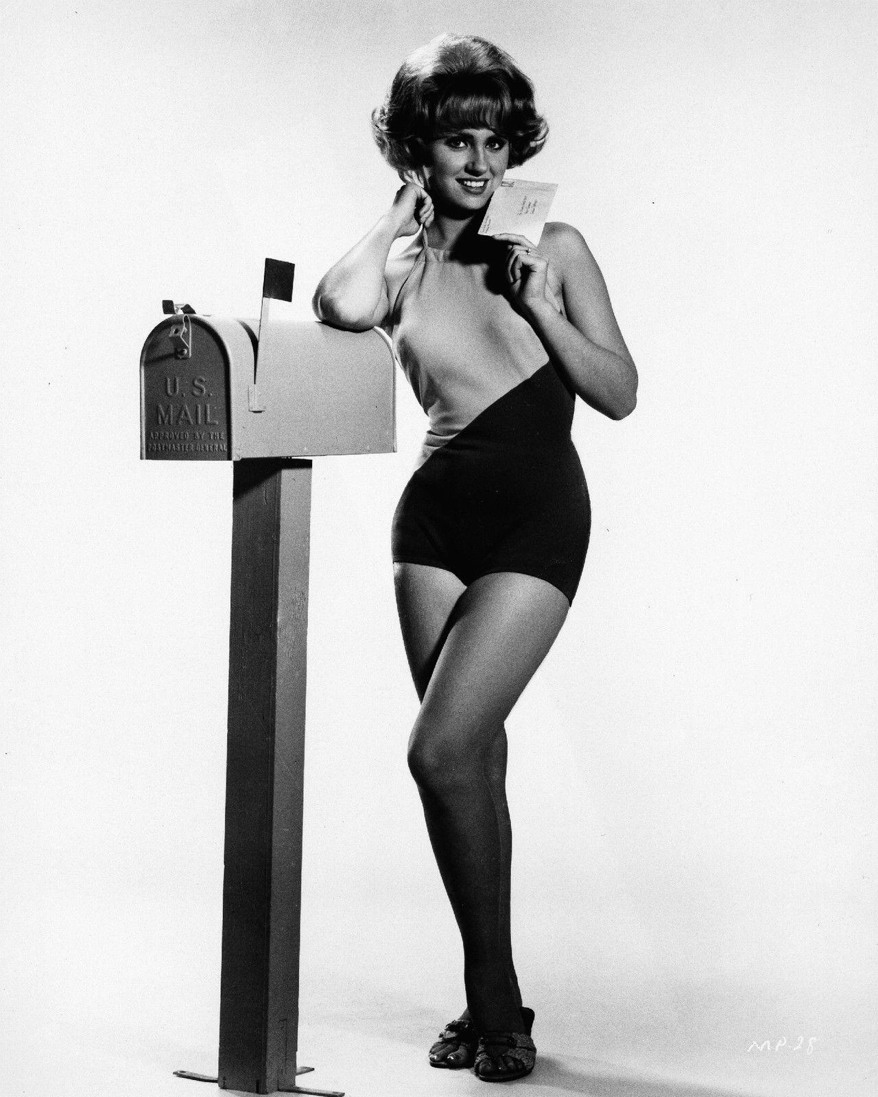 Tracy Spiridakos Hot video Doron Bell,Sayaka Ando (b. 1981)