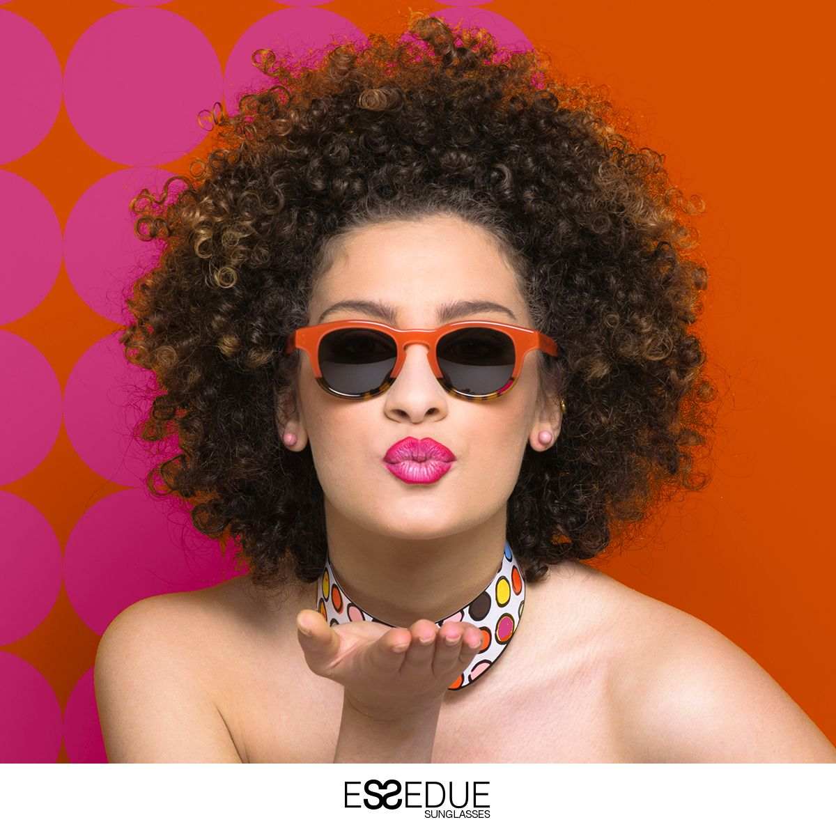 Kiss Kiss Kiss  ESSEDUE New Campaign Spring Summer '16  #essedue #afrogirl #afro #esseduesunglasses #handmadeinitaly #sunglasses #orange #popart #pop #glasses #optical