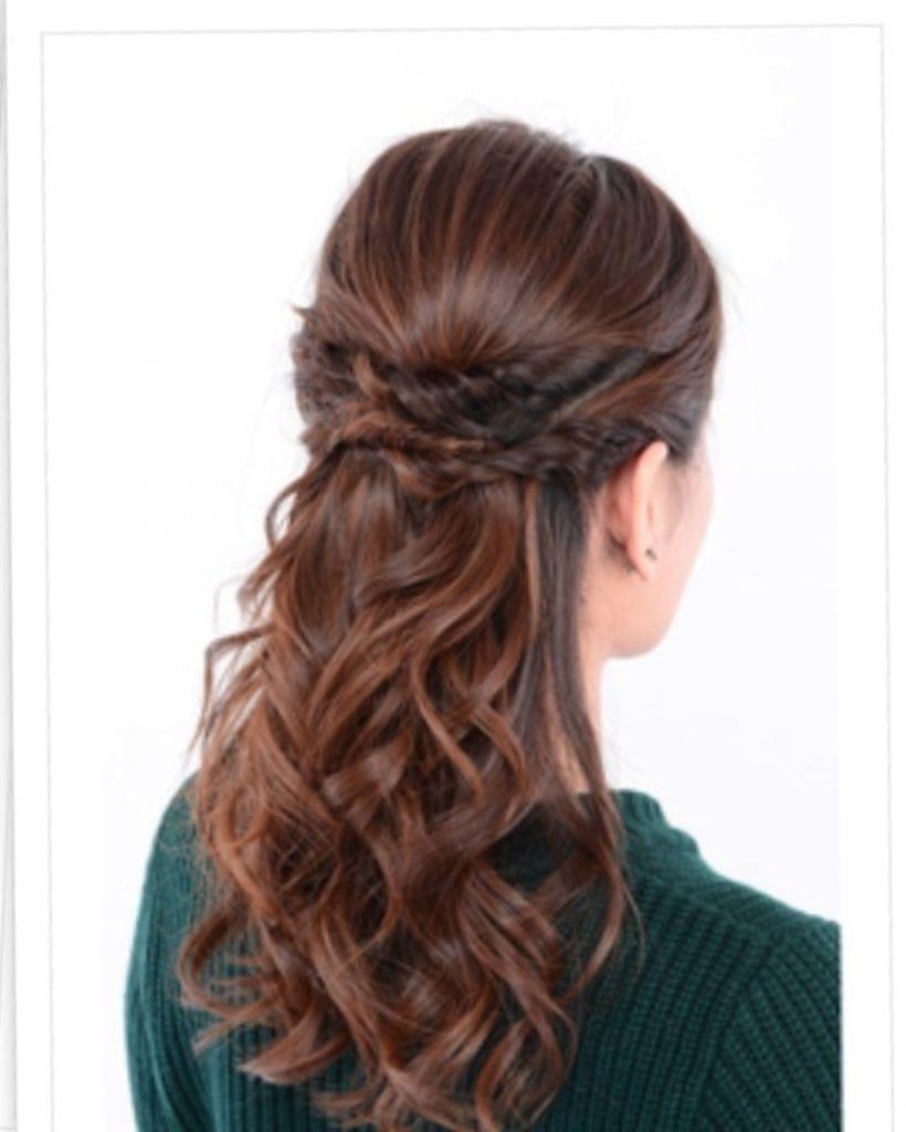 ねじり編みハーフアップ ヘアスタイリング 髪型 アップヘア