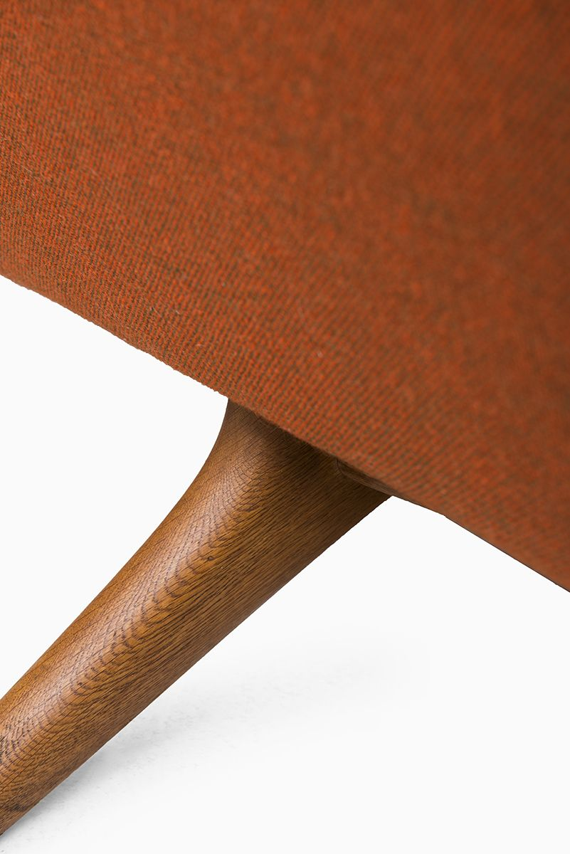 Illum Wikkelsø sofa ML-140 by Mikael Laursen at Studio Schalling #retro #midcentury