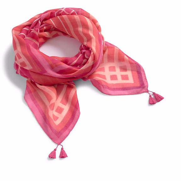 This @verabradley scarf is the perfect year-round accessory!