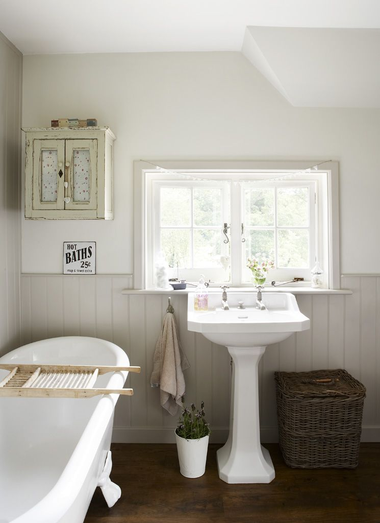 Foundandfavour Co Uk Cottage Style Bathrooms Country Bathroom Bathrooms Remodel