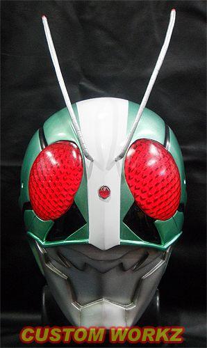 CW_kamen_rider_V2_1st_helmet_01.jpg (298×500)
