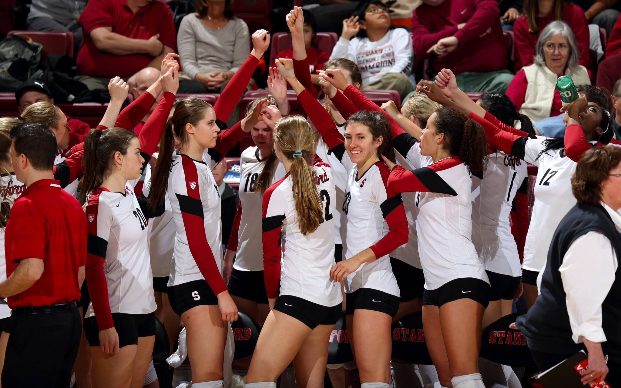 Gophers Volleyball To Battle Stanford In Ncaa Sweet 16 Women Volleyball Volleyball Volleyball National Championship