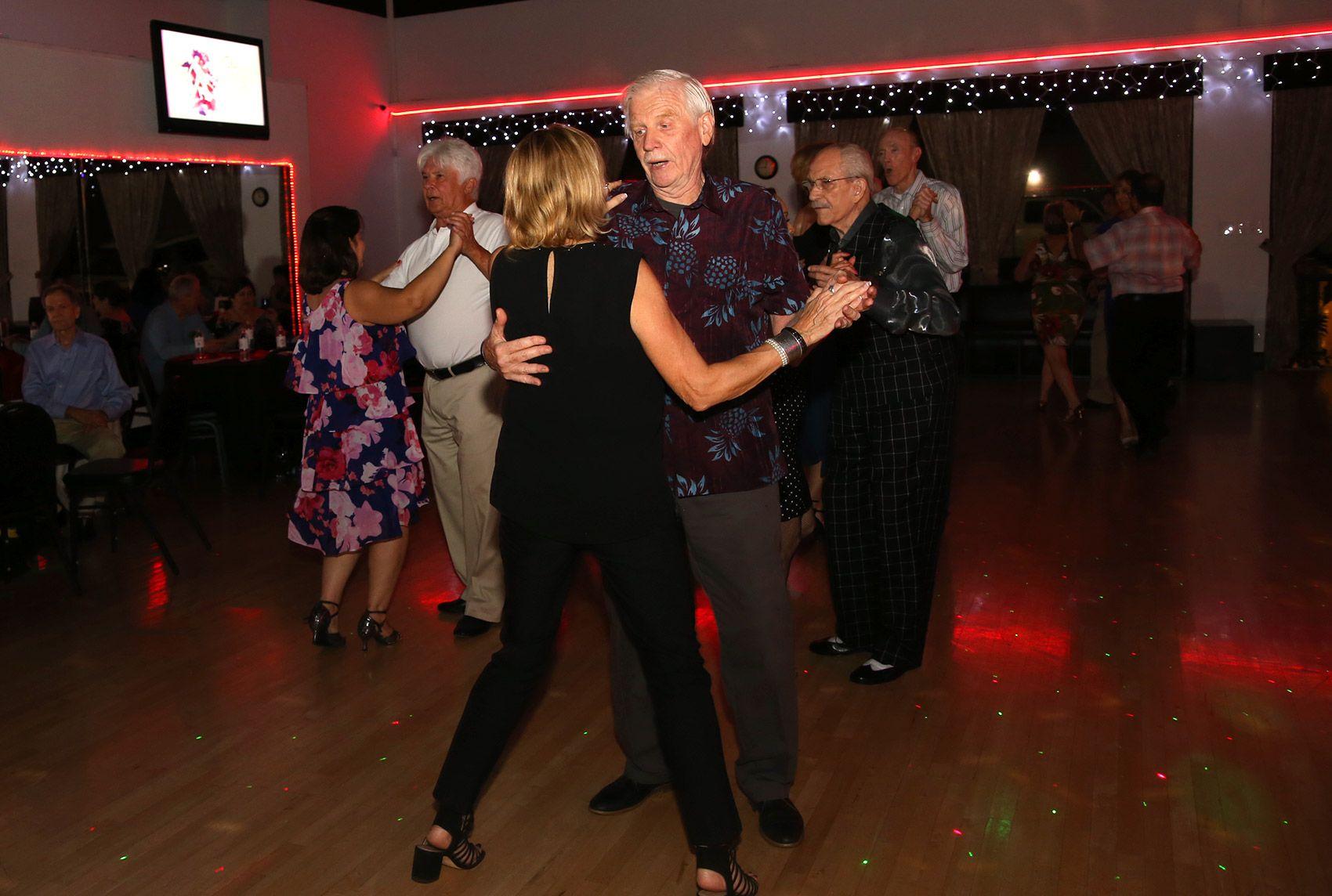 Social Dancers   Ballroom dancing, Partner dance, Ballroom dance