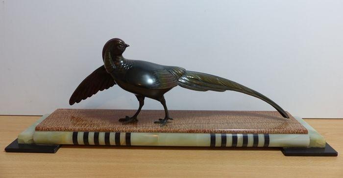 Art deco beeld van een prachtig gekleurde fazant signatuur