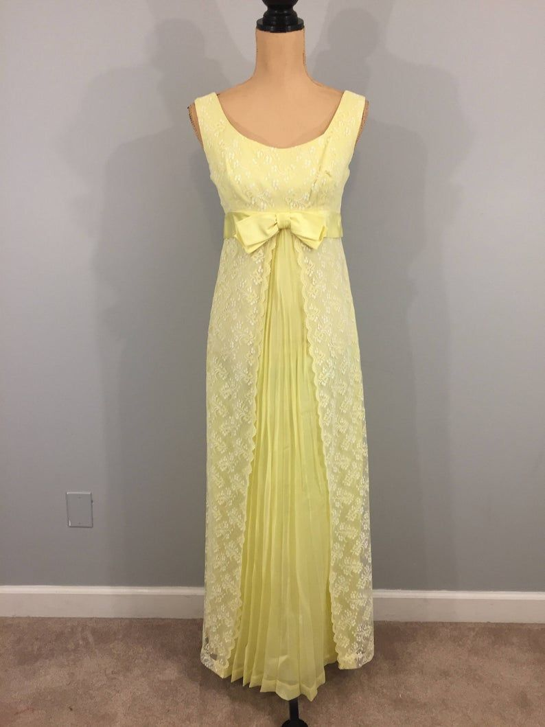 50s 60s Vintage Formal Lace Prom Dress Chiffon Floor Length Image 1 Lace Formal Dress Vintage Formal Dresses Lace Dress [ 1059 x 794 Pixel ]