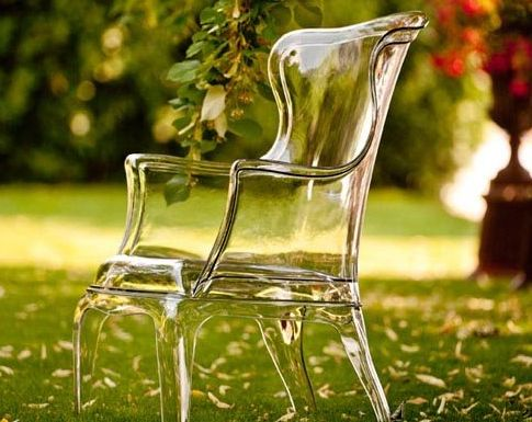 elegant ghost chairs, I need these.
