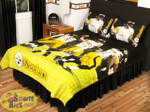sports coverage nfl pittsburgh steelers play action quilt