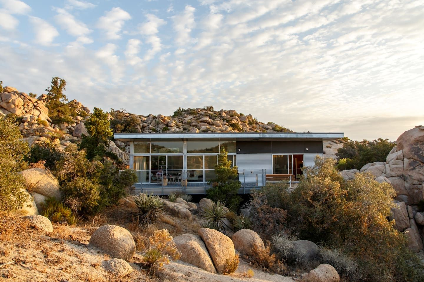 The Graham Residence - Houses for Rent in Yucca Valley ...