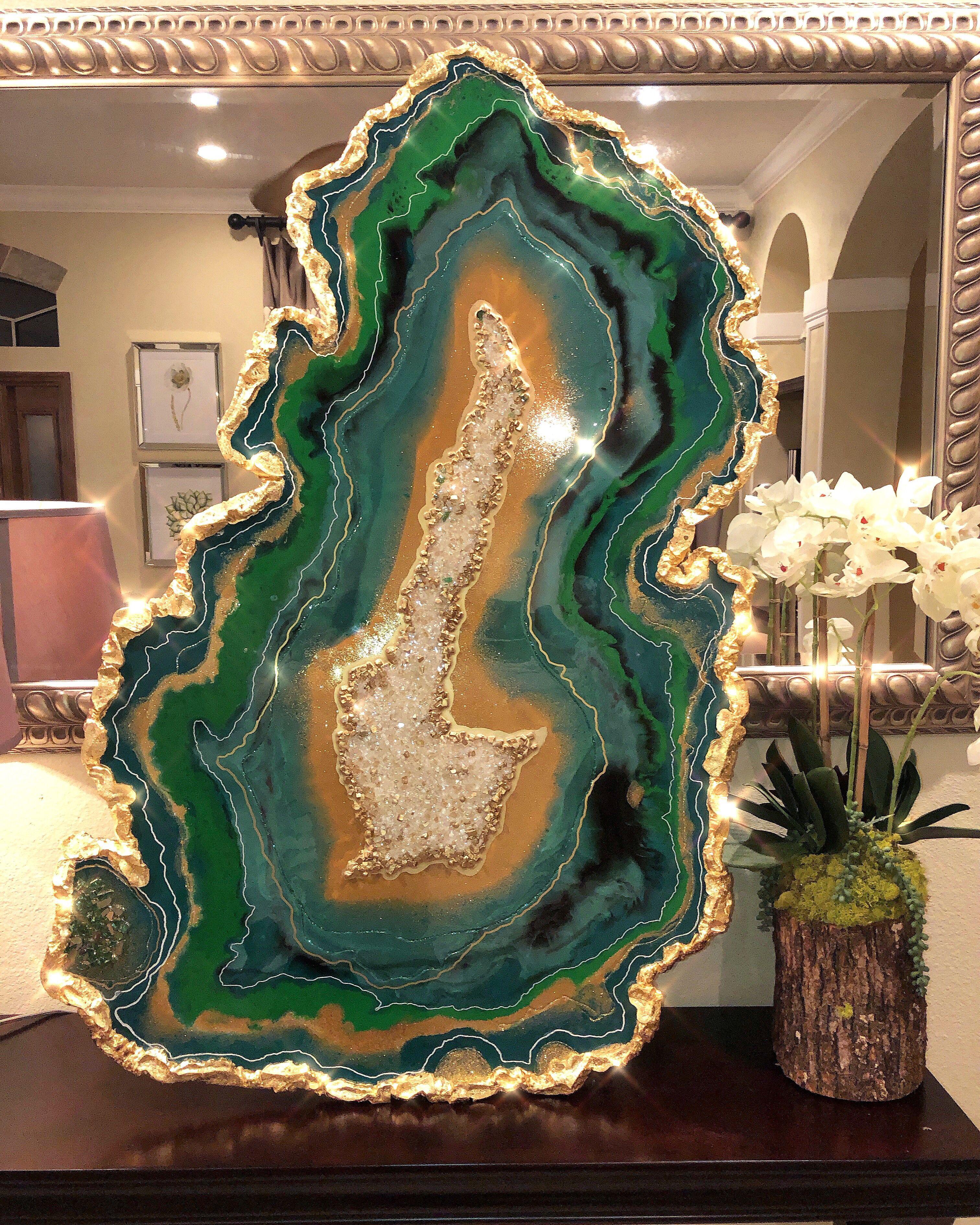 Emerald green resin geode Resin art painting, Resin art