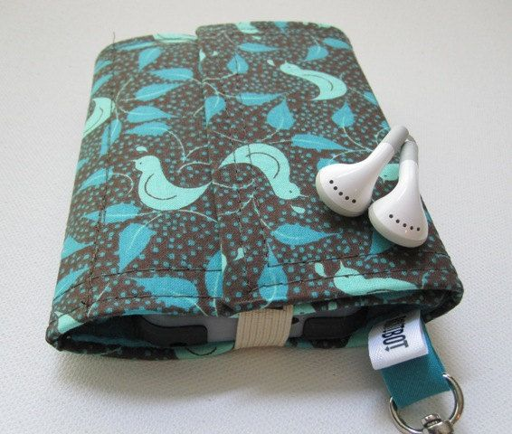 Nerd Herder gadget wallet in Cutest Quail for iPod, Droid, iPhone, camera, earbuds, SD cards, USB, extra batteries, guitar picks