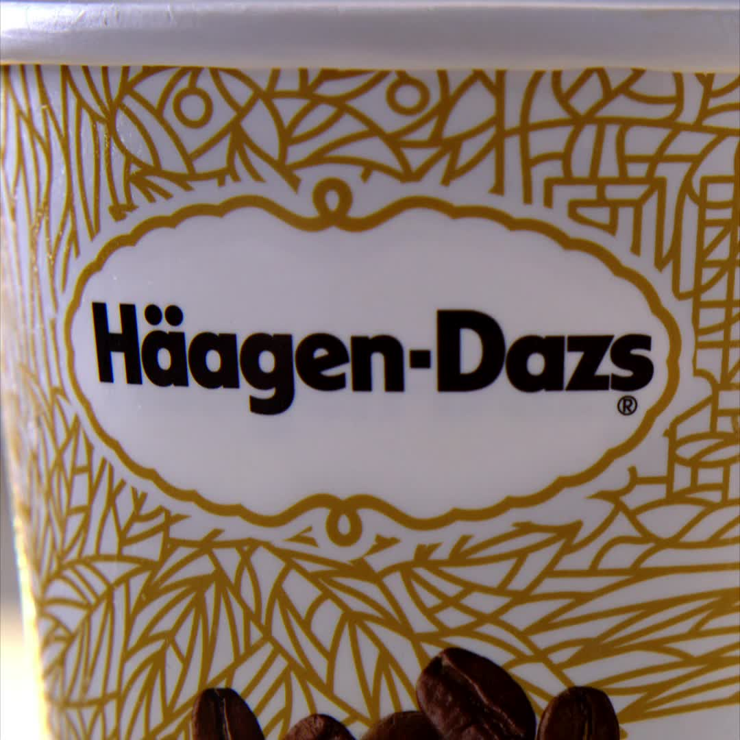 Sink Your Spoon Into Extraordinary Ice Cream And Indulge Over And Over Again Haagendazs Video Healthy Ice Cream Recipes Haagen Dazs Ice Cream Dessert In A Jar