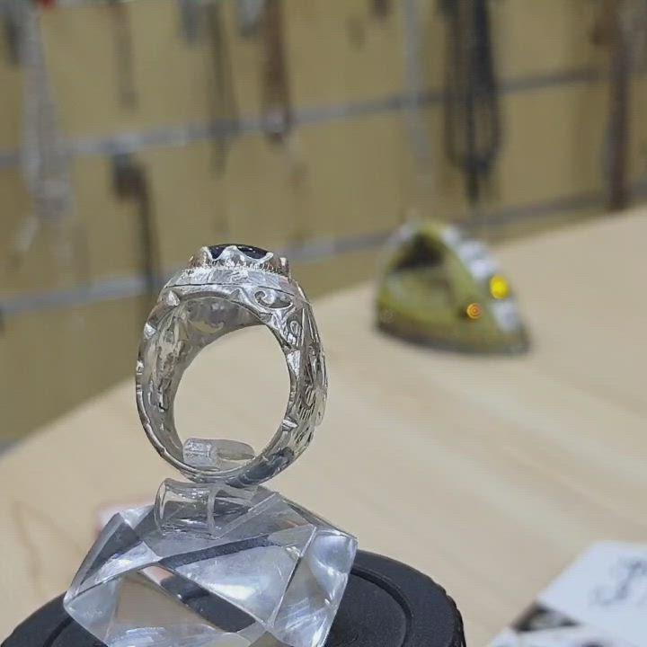خاتم منقوش فاخر من حجر الزفير مميز طبيعي 100 Astral Sapphire Video In 2021 Wedding Rings Diamond Ring Engagement Rings