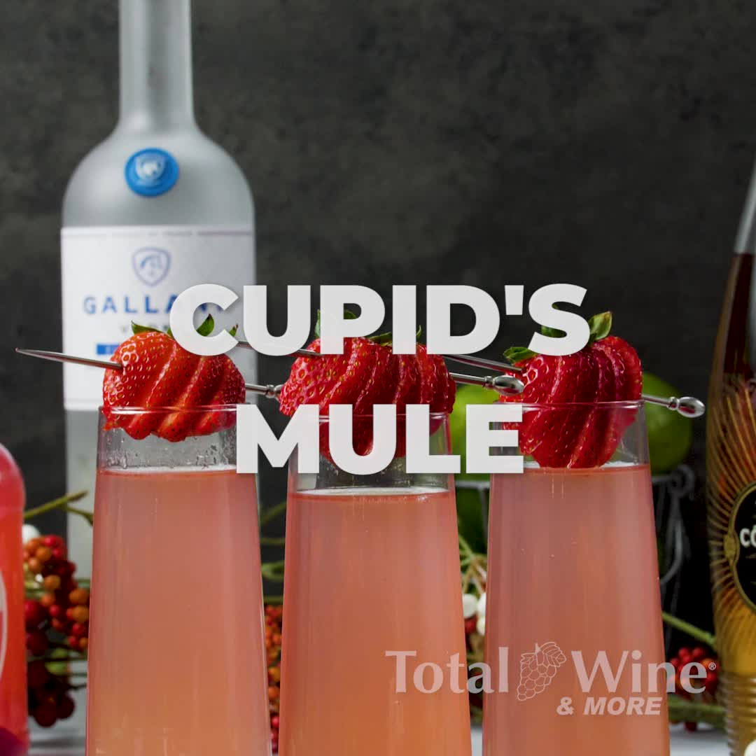 Cupid S Mule Valentine S Day Cocktail Recipe Video Recipe Video Valentine Drinks Fancy Drinks Alcoholic Drinks Games
