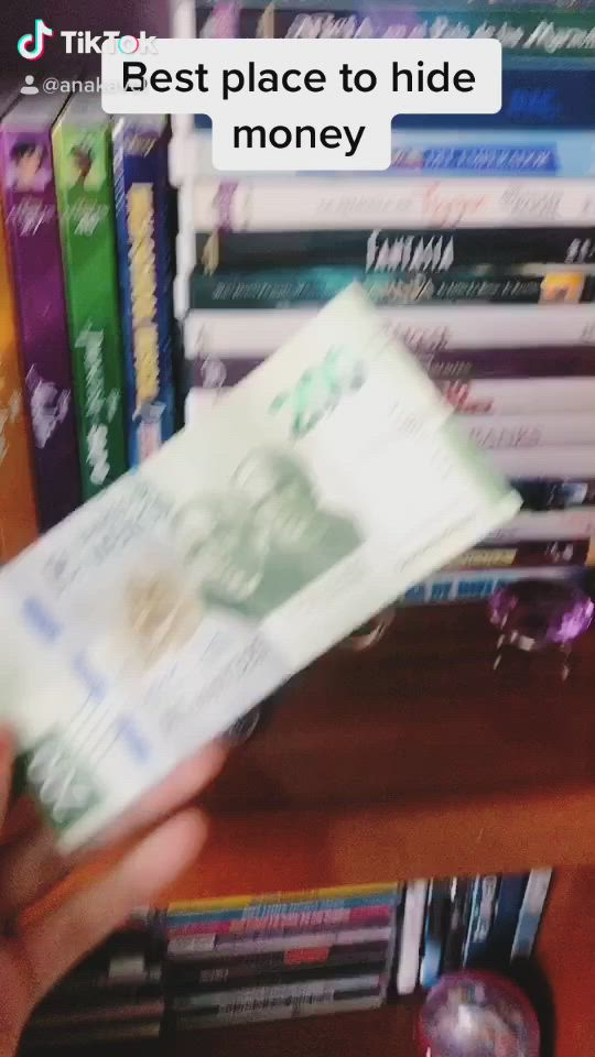 How To Keep Your Money Safe Tik Tok Video Funny Videos Clean Really Funny Memes Super Funny Videos