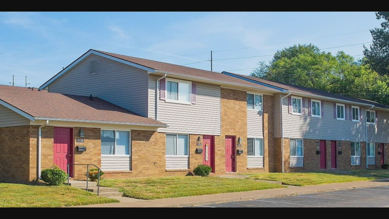 Arbors At Evansville Where New Things Are Happening Call 812 373 6727 Or Go Online At Shoprentalfinder Com Arborsateva Evansville Finding Apartments Owensboro