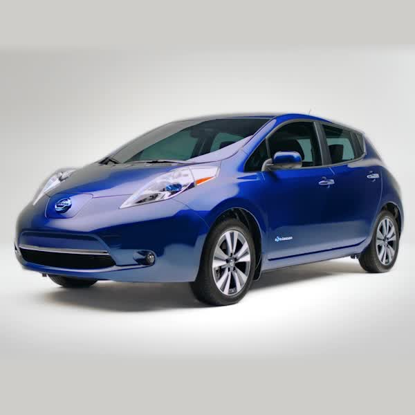 Instant Torque Power When You Want It Switch To The 100 Electric Nissan Leaf Video Cool Sports Cars Nissan Leaf Sport Cars