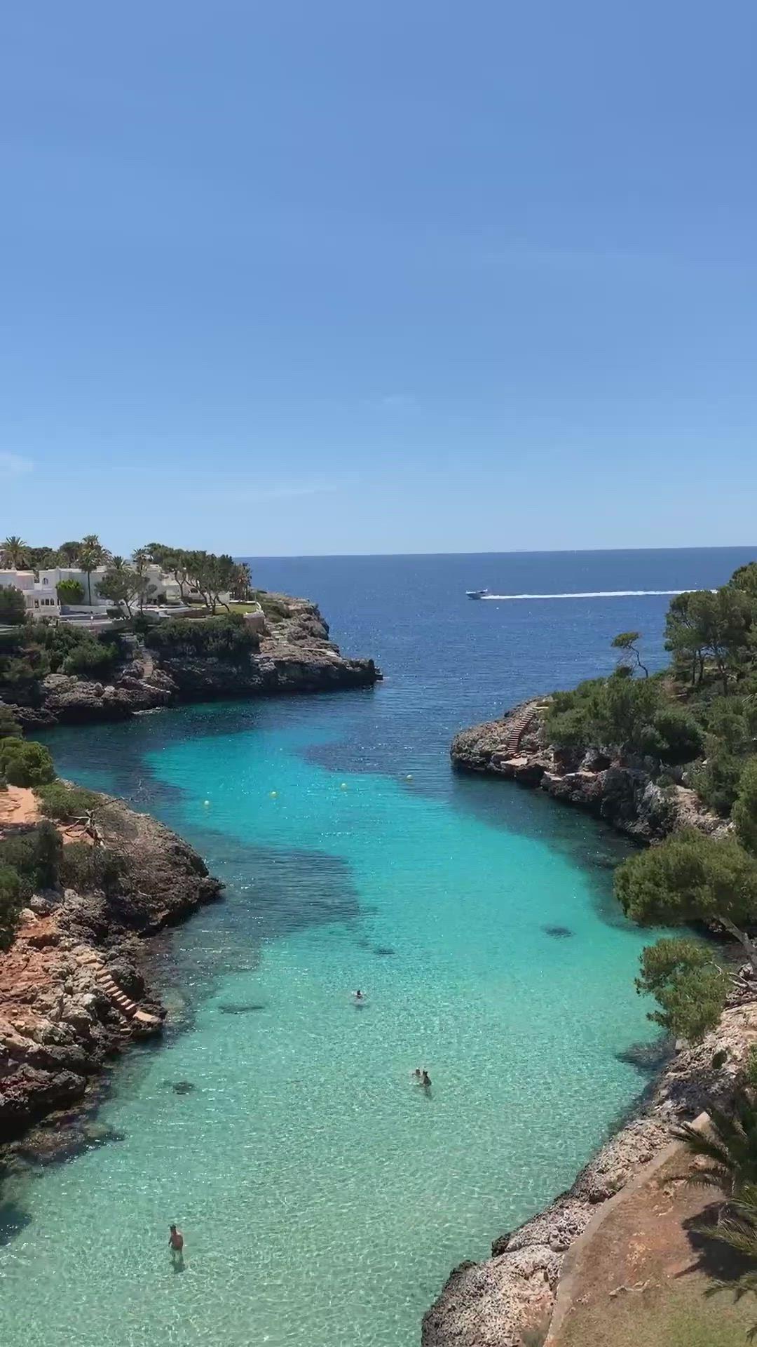 Gorgeous Beach In The Tiny Town Of Cala D Or Mallorca Spain Video Playas De Mallorca Isla De Mallorca Calas Mallorca