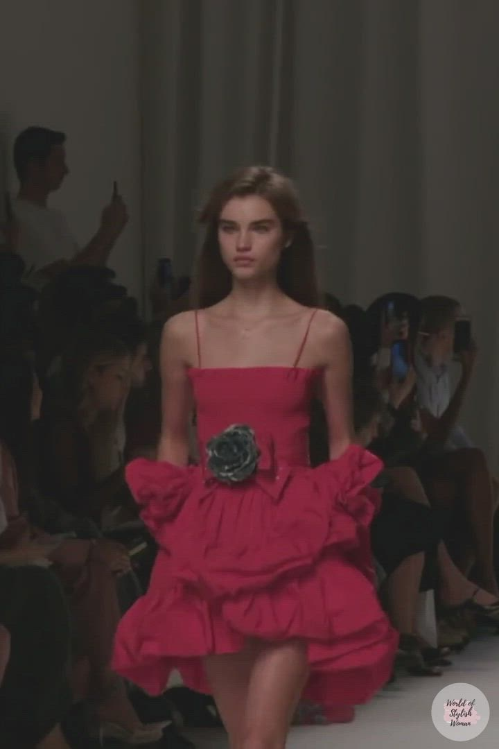 Philosophy Di Lorenzo Serafini Look 26 Spring Summer 2020 Ready To Wear Collection Video Dresses Evening Dresses Red Prom Dress