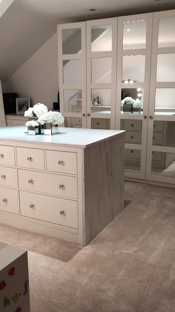My White Neutral Dressing Room With Mirrors And Island Marble Worktop And Daybed Click To R Video Dressing Room Design Dressing Room Closet Wardrobe Design Bedroom