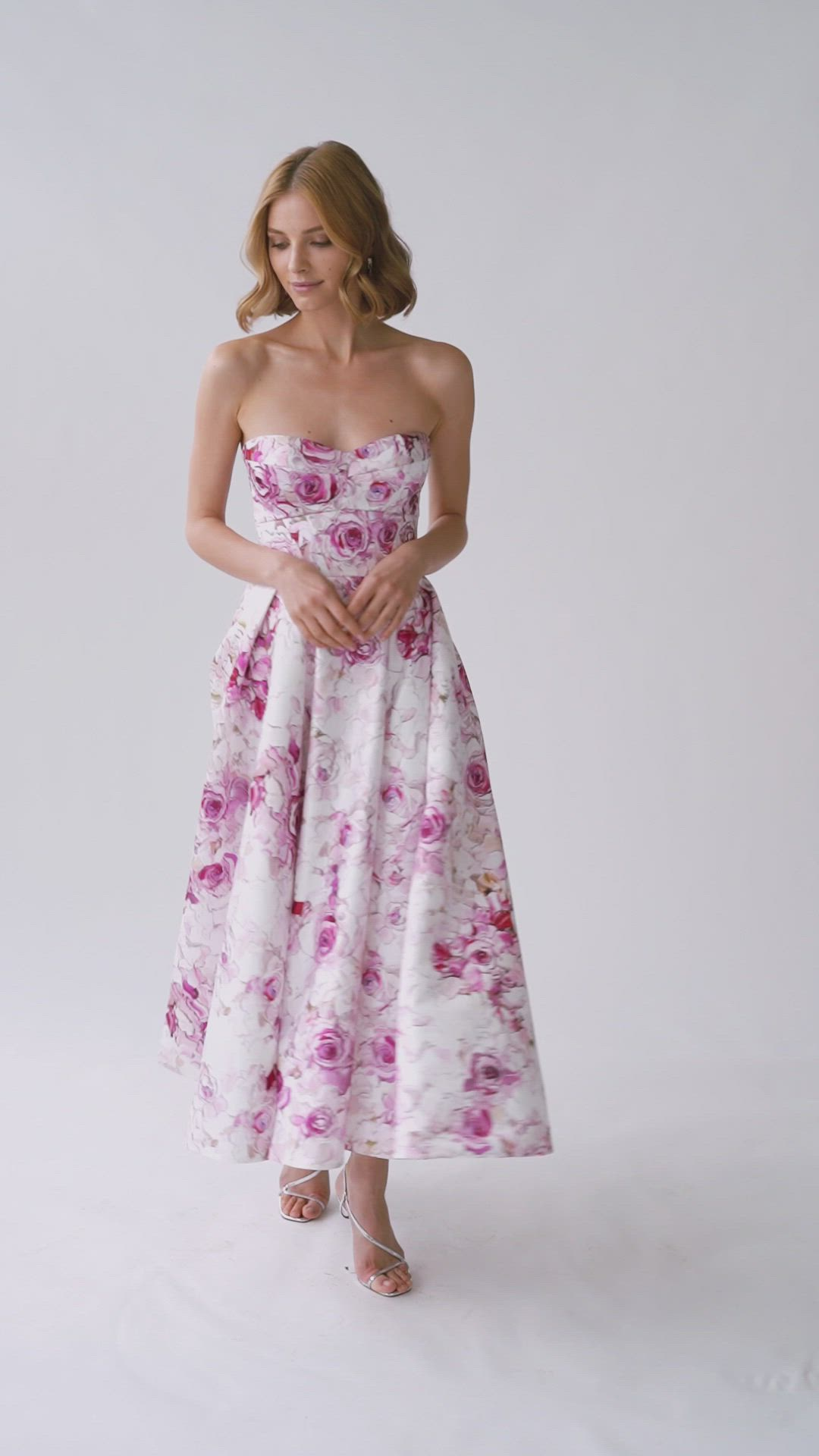 10 Ideal Dresses In Floral Print Video In 2021 Strapless Cocktail Dresses Elegant Dresses Long Midi Cocktail Dress [ 1920 x 1080 Pixel ]