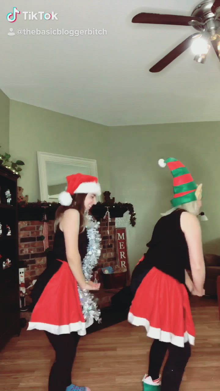 Christmas Workout Dance Video Instagram Photo Christmas Workout Photo And Video