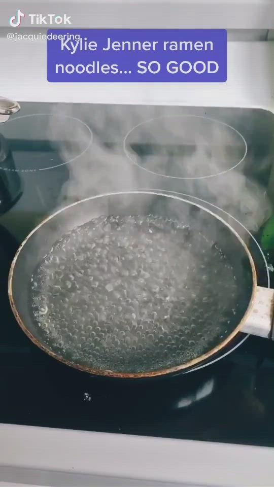 Easy How Kylie Jenner Cooks Ramen Food Tiktok Video Food Videos Cooking Diy Food Recipes Ramen Recipes