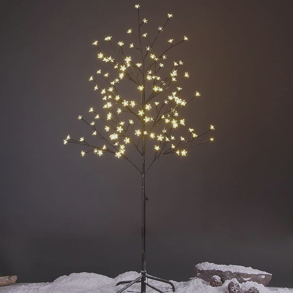 Pin By Ursila On Eris Hallway In 2020 Lighted Tree Branches White Led Lights Blossom Trees