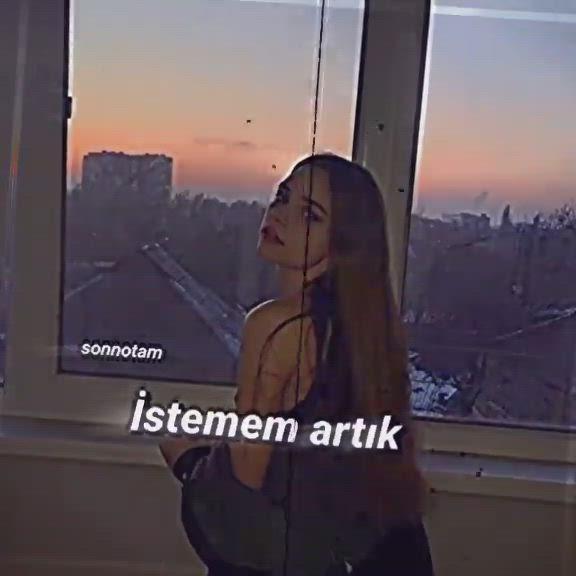 Sezen Aksu Ihanetten Geri Kalan Video Muzik Teorisi Sarkilar Muzik Alintilari